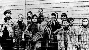 660-Auschwitz-AP